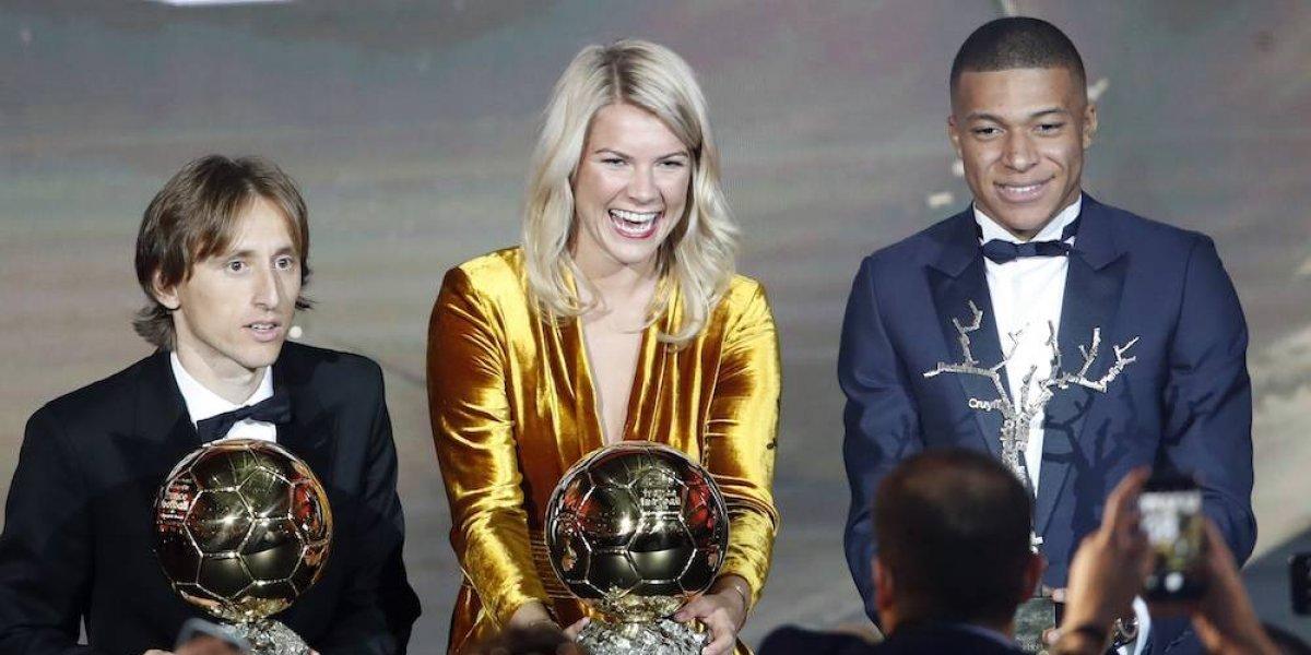 Dj le pide 'perrear' a la primera ganadora del Balón de Oro