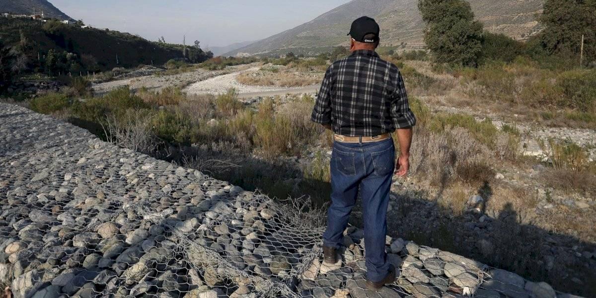 Gobierno declara zona de emergencia agrícola a 17 comunas de la Región Metropolitana por la escasez hídrica