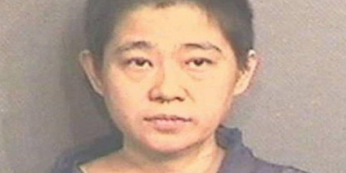 """Ahogó a su hijo de 5 años, lo decapitó y luego trató de """"ocultar"""" el cuerpo en un basurero"""