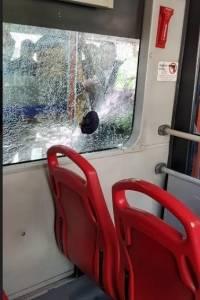 Pasajero de TransMilenio resultó lesionado luego de que le lanzaran una piedra