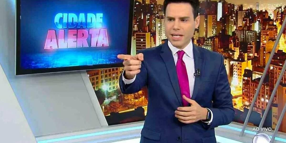 Luiz Bacci passa por cirurgia urgente após crise de apendicite