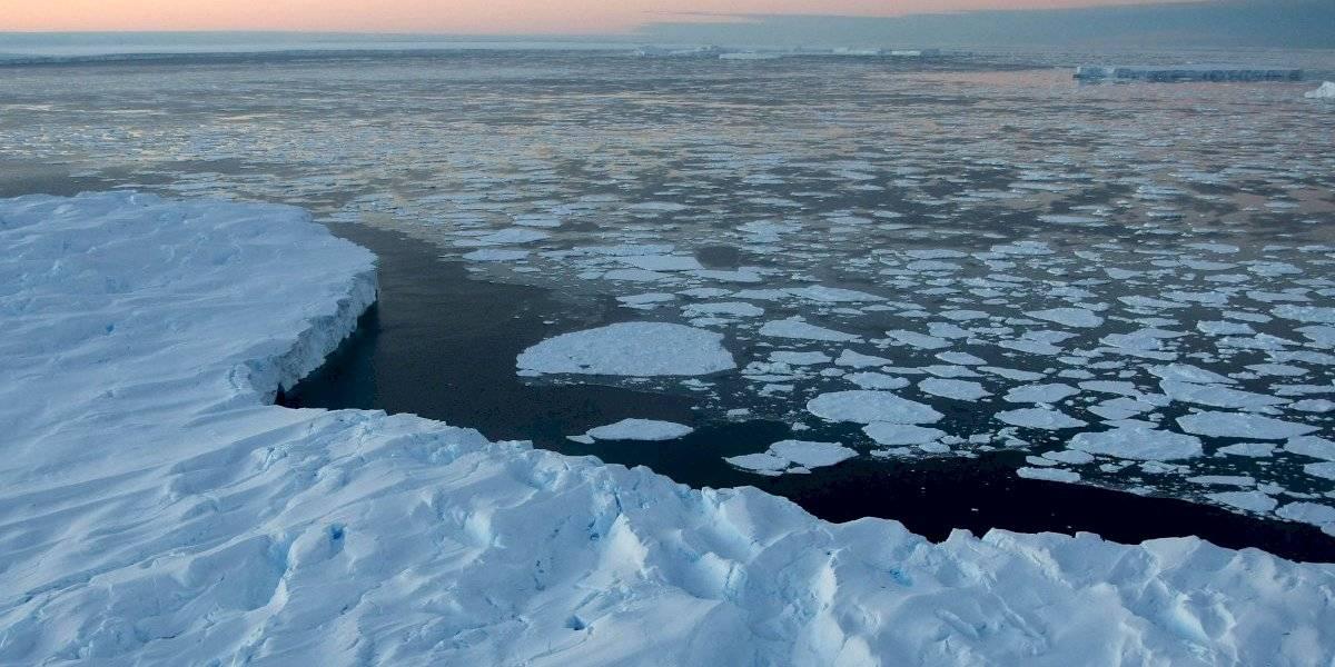 La serie de fenómenos inusuales que azota la Antártica
