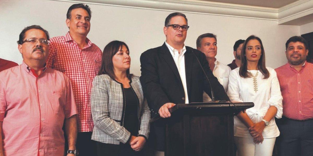 Populares ratifican nuevo líder de partido