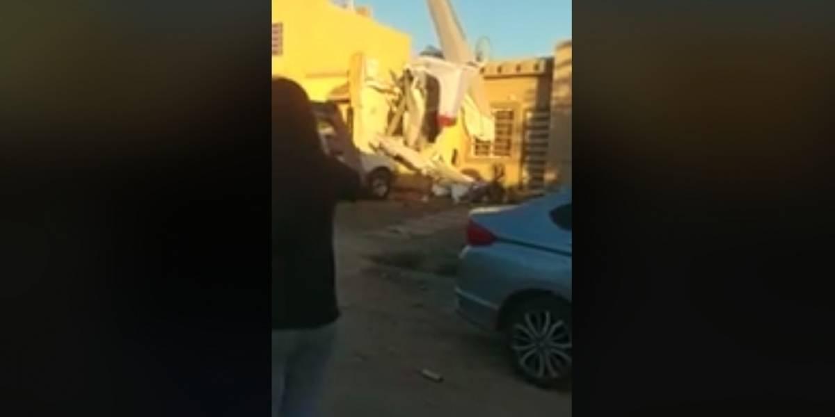 Se desploma avioneta sobre casa en Culiacán, Sinaloa