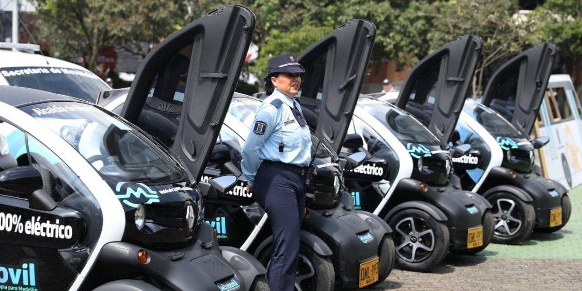 Medellín estrena flota de vehículos eléctricos para los agentes de tránsito