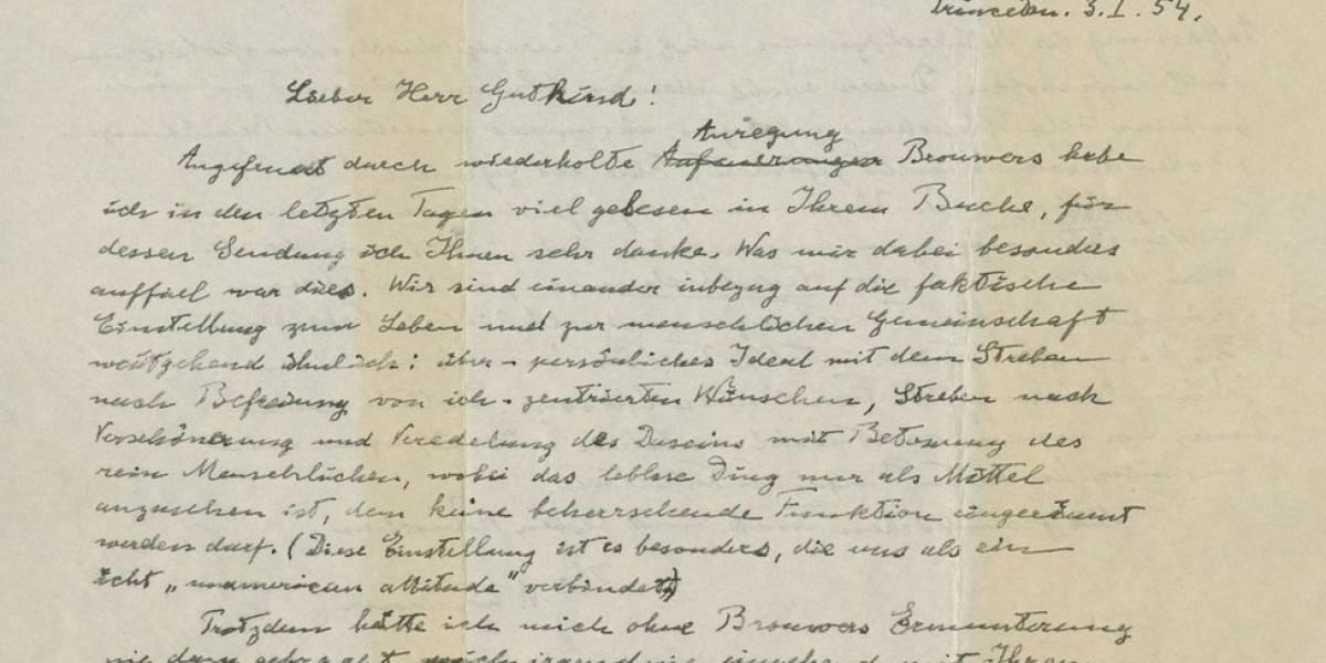 """Carta de Einstein dizendo que Deus é """"produto da fraqueza humana"""" vai a leilão"""