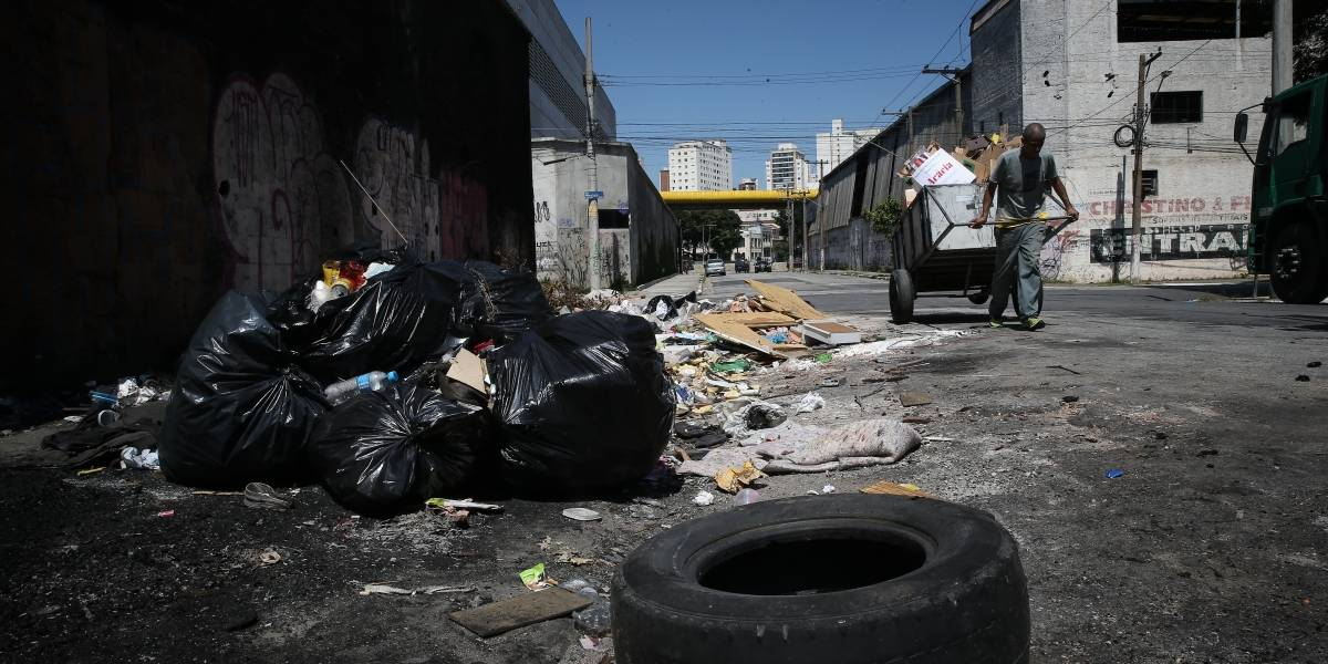 Multas por descarte irregular de lixo triplicam em São Paulo