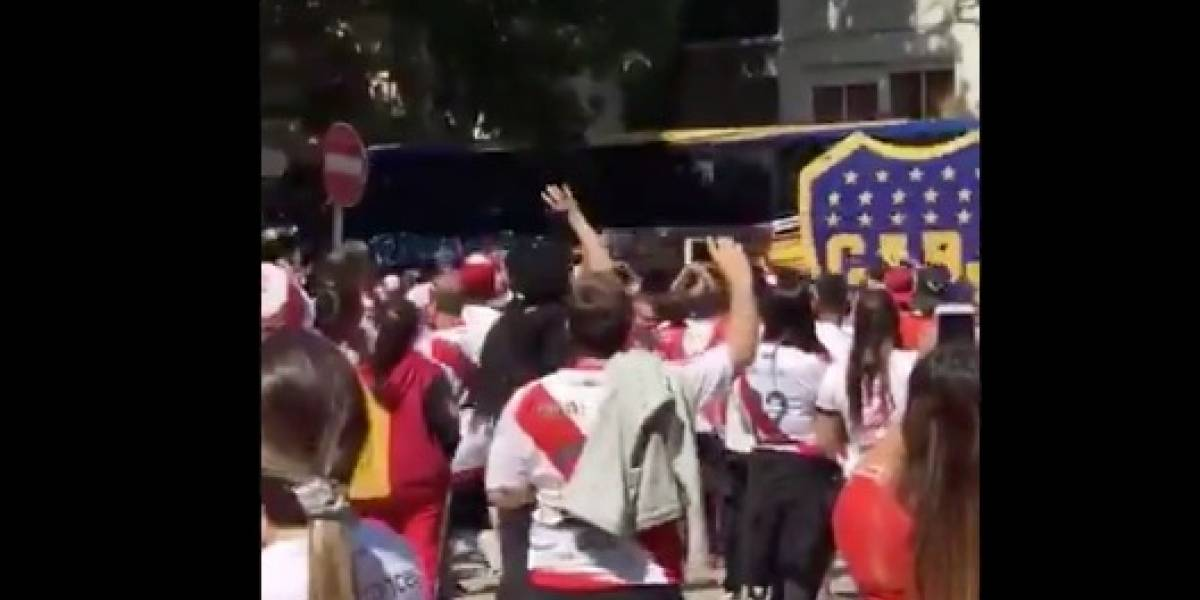 Detienen a uno de los agresores al camión de Boca Juniors
