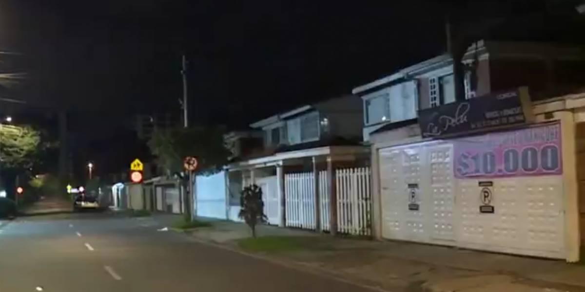 Médico se enfrenta a nueve ladrones a bala que se metieron a su casa