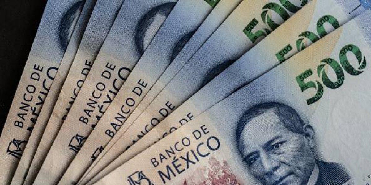 Burócratas conservarán aguinaldo de 40 días de salario