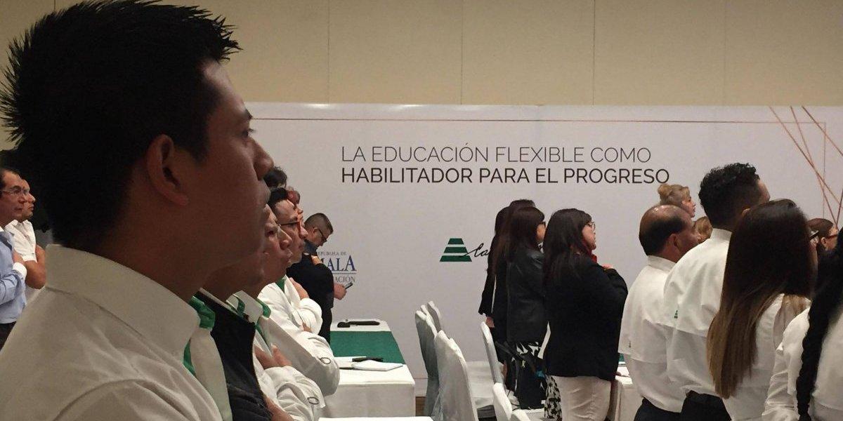"""Buscan implementar educación """"flexible"""" en jóvenes y adultos en el área rural"""