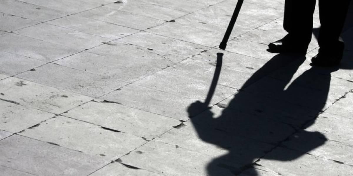 """""""Estai rico viejito, acostémonos un ratito"""": hombre de 71 años denuncia abuso sexual tras sorprender a ladrona en su casa en Valparaíso"""