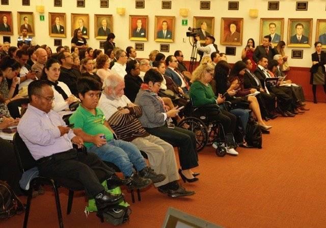 A la presentación del informe también asistieron personas con discapacidad. Cortesía.