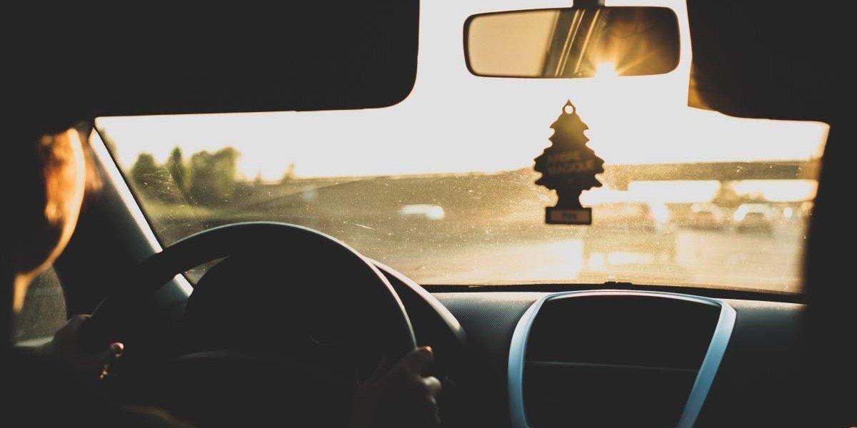 Tres consejos para elegir un buen seguro de auto antes de viajar