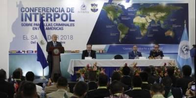 Interpol analiza tema de pandillas en El Salvador