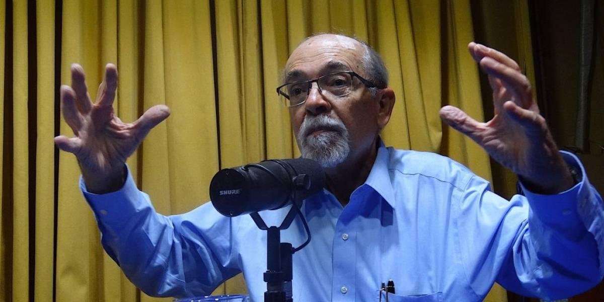 """José Maza: """"Los niños no deben leer el Quijote, deben leer a Baradit"""""""