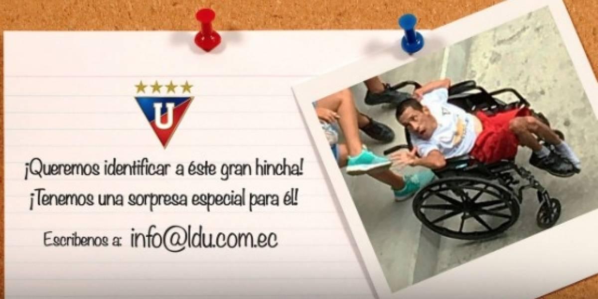 Liga de Quito busca en redes a un hincha para entregarle algo especial ¿lo conoces?