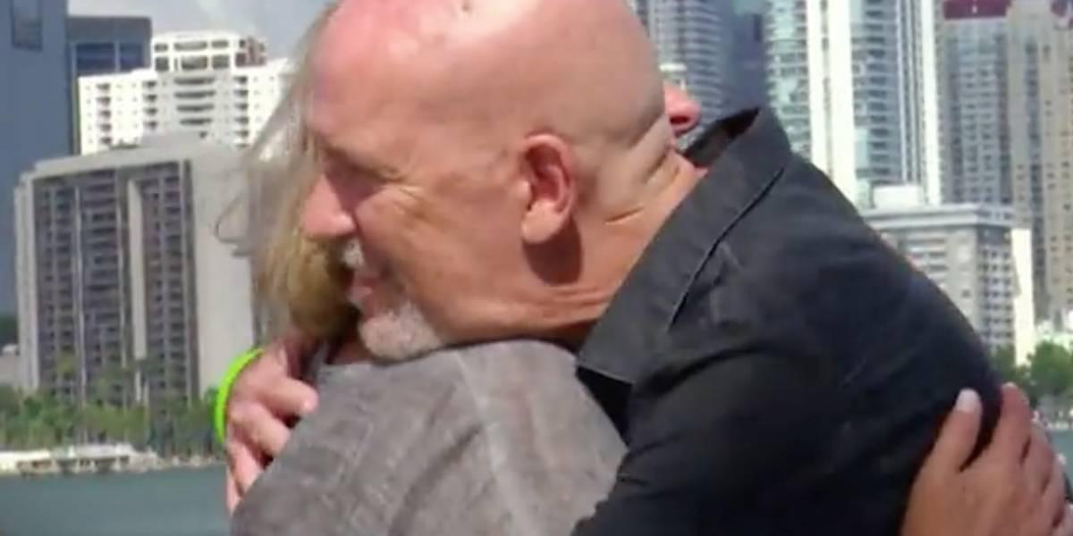 Emotivo encuentro entre madre de Stefano y persona que lleva el corazón de su hijo