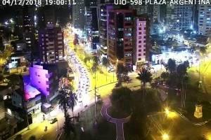 TRÁFICO PESADO EN QUITO PLAZA ARGENTINA