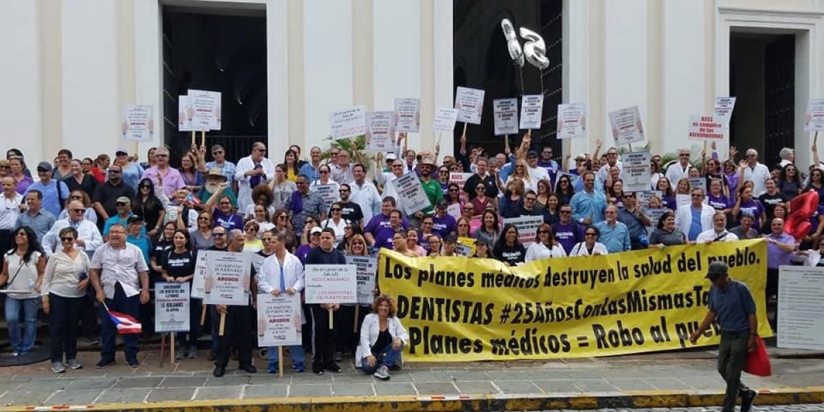 Reclamo de los dentistas llega hasta La Fortaleza