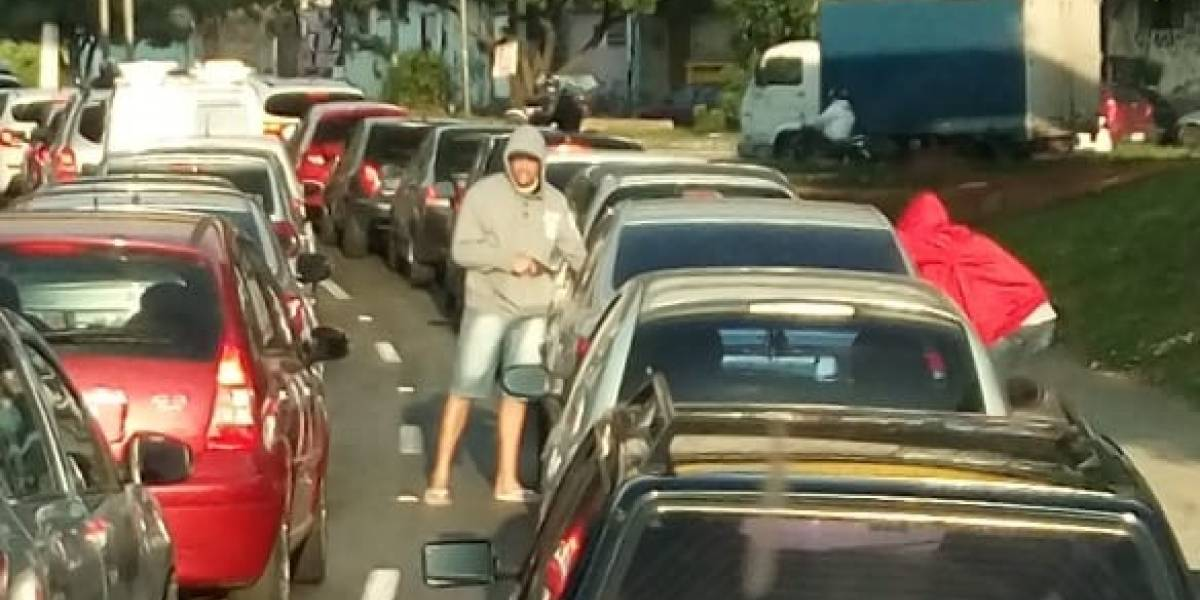 Motoristas reclamam de insegurança na região de viaduto que liga Ipiranga à Vila Prudente