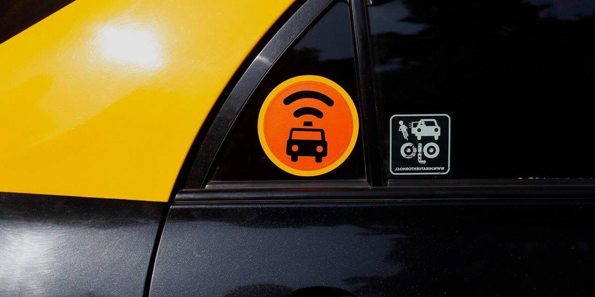 Cabify suma a taxis de techo amarillo a su oferta