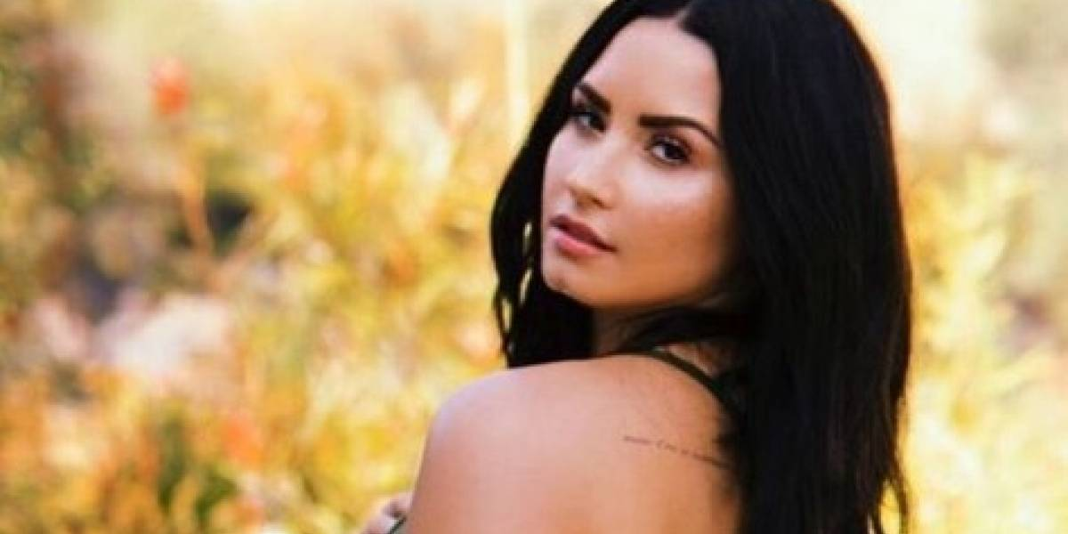 Demi Lovato revela significado poderoso da sua tatuagem de anjo