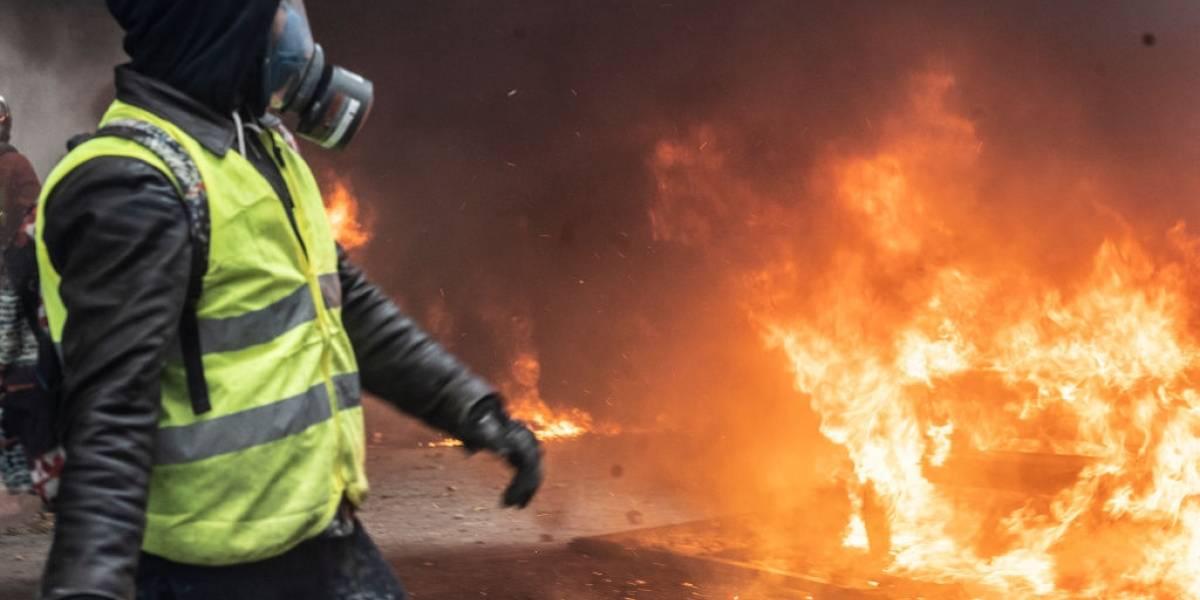 """Los """"chalecos amarillos"""" no dan tregua: Francia se prepara para más protestas a pesar de concesiones"""