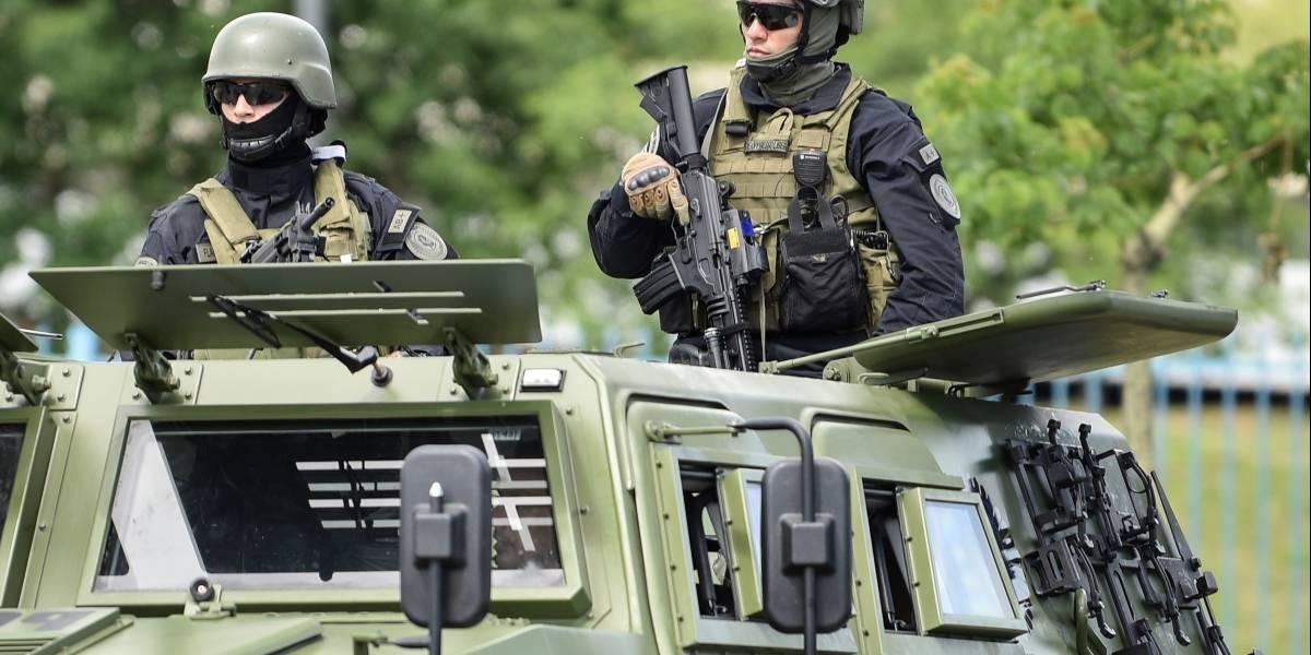 Disparar sin advertencias: polémica en Argentina por nueva norma para agentes federales sobre uso de armas