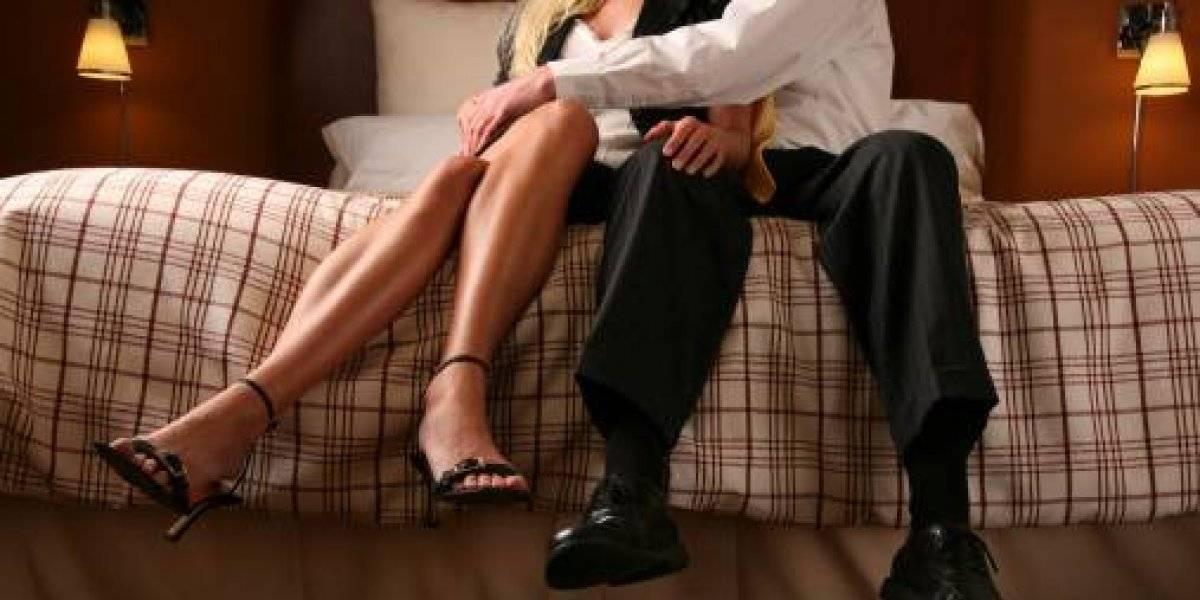 Descubrió que su marido le era infiel y se lo vendió a su amante