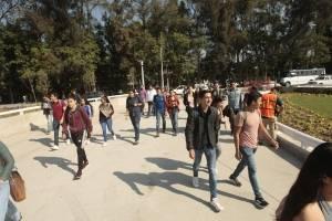 Inauguran obrasen Guadalajara sin estar terminadas