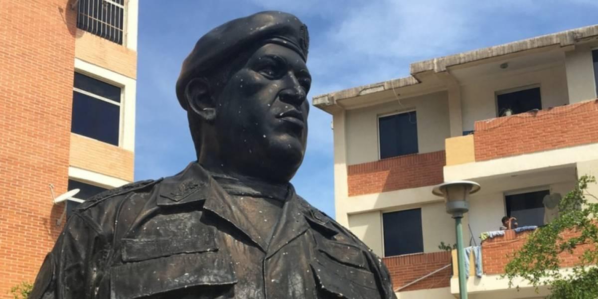 """""""El triunfo de Hugo Chávez en 1998 lo cambió todo"""": 3 testimonios de cómo afectó a los venezolanos la victoria electoral de hace 20 años"""