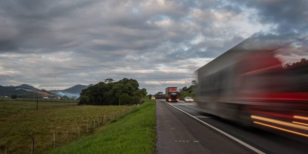 Acidentes em rodovias federais matam 23 pessoas por dia no país