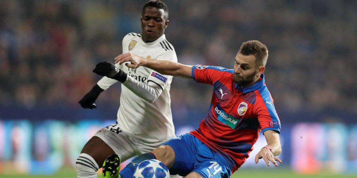 Copa do Rei: Vinícius Júnior estreia como titular no Santiago Bernabéu; confira escalação do Real Madrid