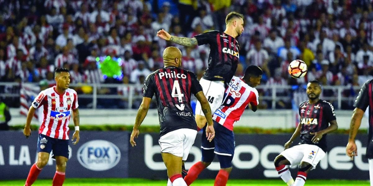 Atlético-PR escapa da derrota e traz decisão contra o Junior Barranquilla para casa