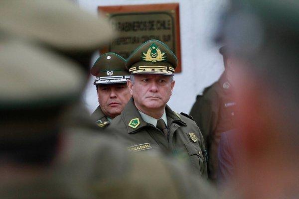 Gobierno pide procesar a Villalobos y abogado querellante arremete contra él