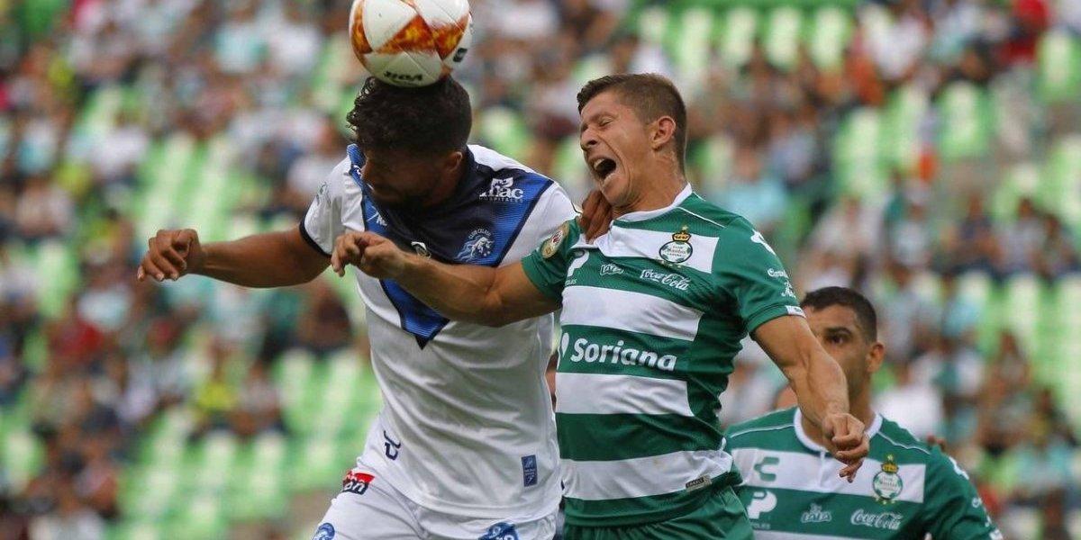 El chileno Cris Martínez retorna de México y busca club para enmendar su carrera