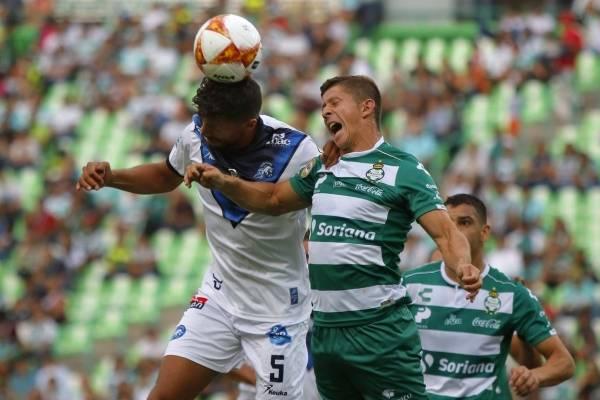 Cris Martínez tuvo un ingrato paso por el Santos Laguna de México / Foto: Twitter