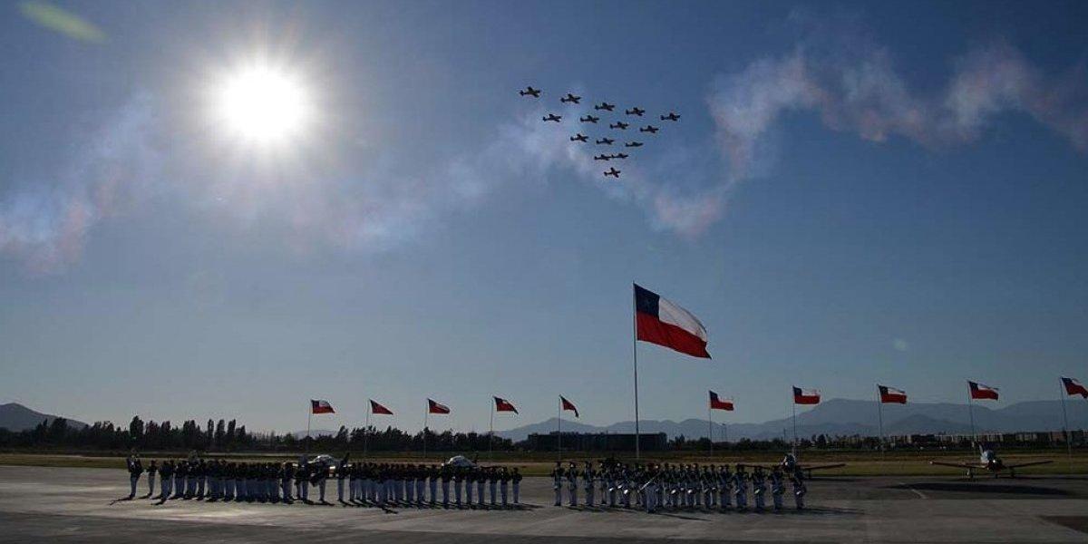 ¡Costo se fue a las nubes! Usaron 72 aviones y gastaron $438 millones en cambio de mando de la Fach
