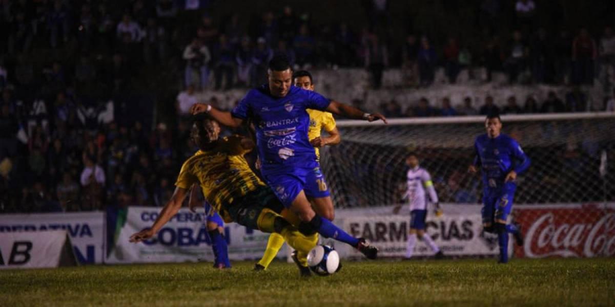 Príncipes azules no pueden en casa y el partido finaliza antes por agresión al árbitro