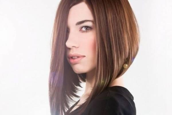 El peinado extremadamente liso será tendencia para las mujeres que lleven un corte de pelo bob o lob.