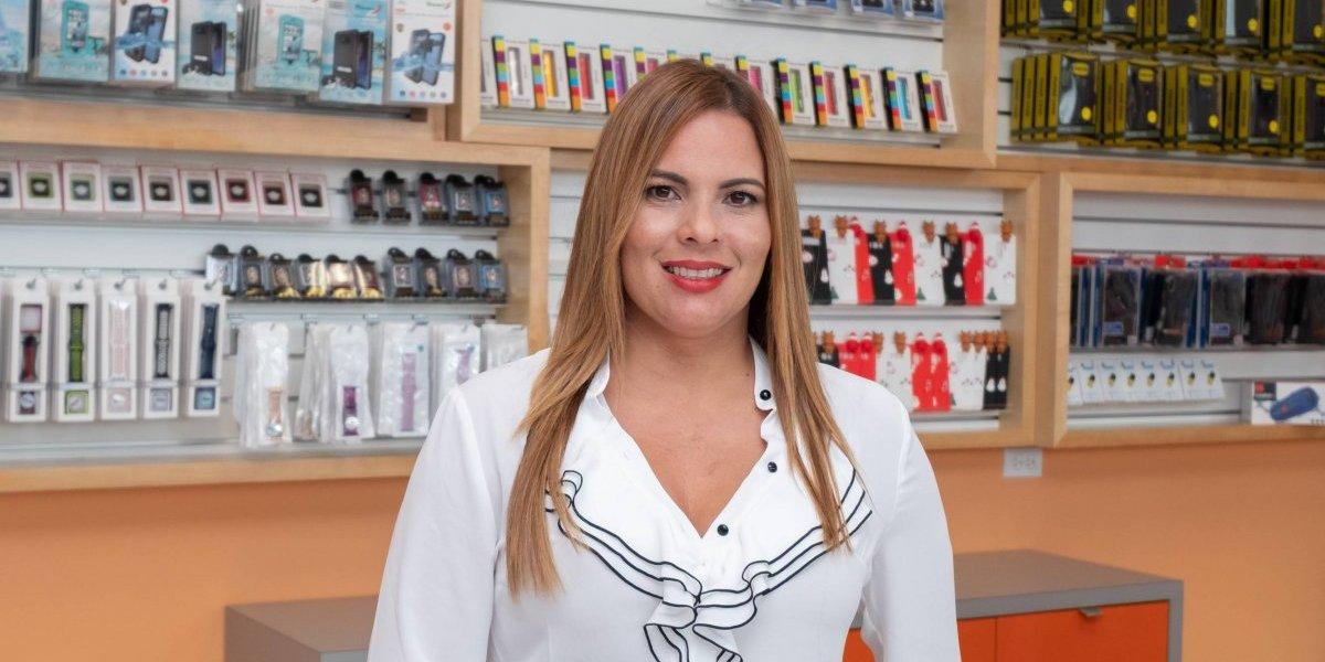 Tienda local ACCESSORIT expande sus operaciones con centro de distribución