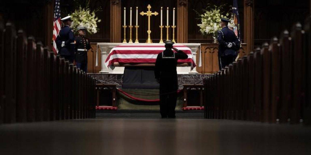 Tras un adiós solemne George H. W. Bush es enterrado en Texas