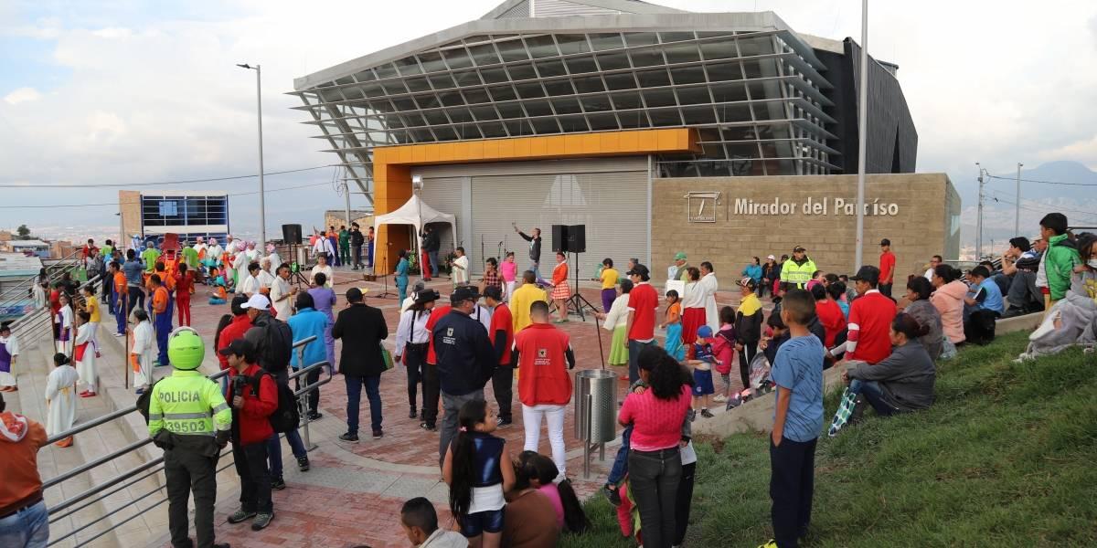 Con carnaval, celebran en Ciudad Bolívar la pronta llegada del TransMiCable