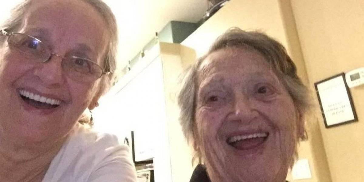 Le dijeron que su hija había nacido muerta y 69 años después se reencontró con ella
