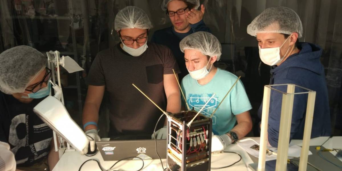Suchai II y III al 90% de avance: Así serán los dos nuevos satélites chilenos que irán al espacio