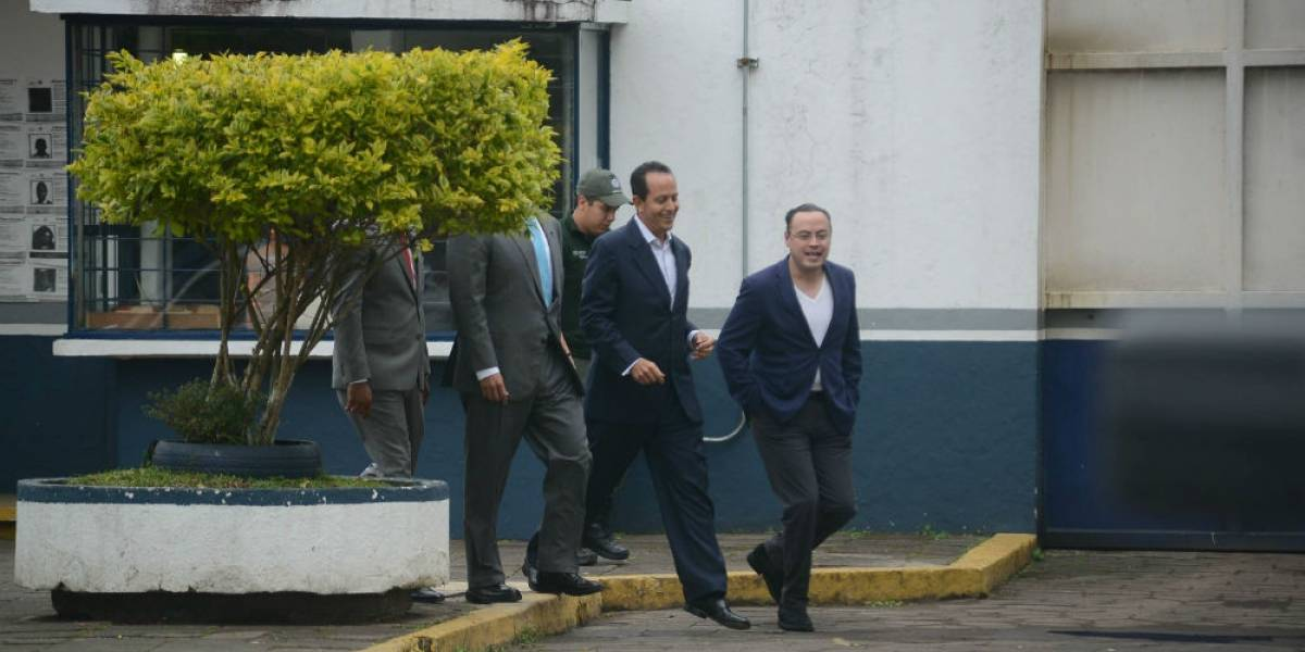 Sale de prisión Arturo Bermúdez, ex secretario de Seguridad de Javier Duarte