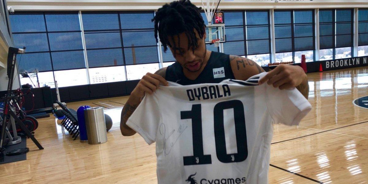 Jugadores de Juventus y Nets de Brooklyn intercambian jerseys