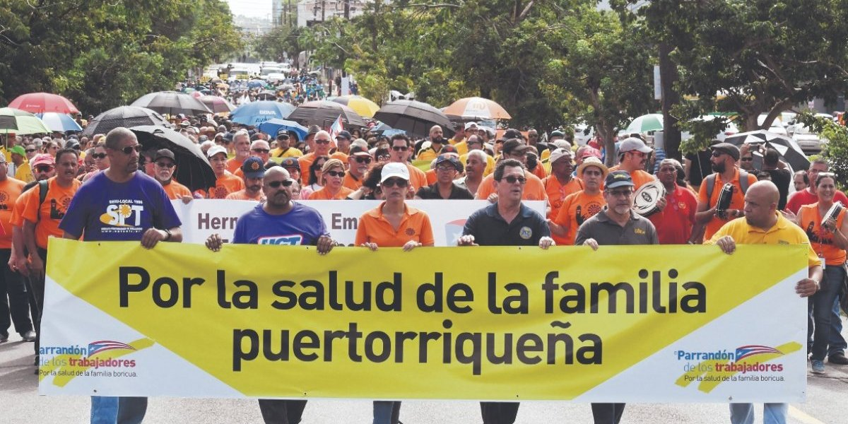 Trabajadores llevan parranda a la Junta