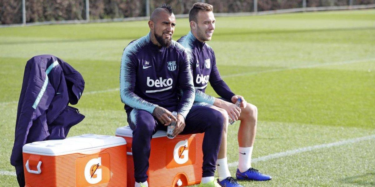 Vidal ya se mejoró y entrenó con Barcelona para pelearle el puesto a un recuperado Arthur